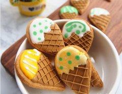 冰淇淋糖霜饼干
