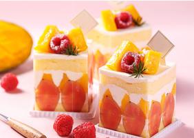 <b>鲜奶蛋糕</b>